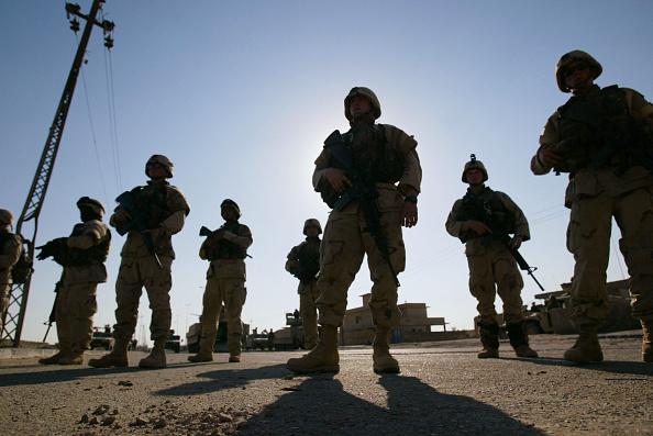 Muqtada Al-Sadr「Truce Takes Hold Between Shiite Militia And U.S. Military In Najaf, Iraq」:写真・画像(19)[壁紙.com]