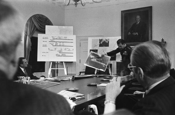 Central Intelligence Agency「President Ford is Briefed by His National Security Council」:写真・画像(9)[壁紙.com]