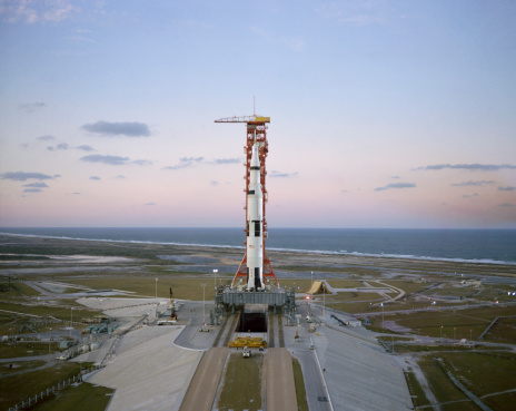 Gulf Coast States「High-angle view of the Apollo 8 spacecraft on the launch pad.」:スマホ壁紙(8)