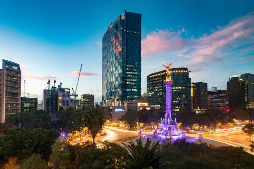 Financial District「Matching Day and Night Mexico City Skyline」:スマホ壁紙(9)