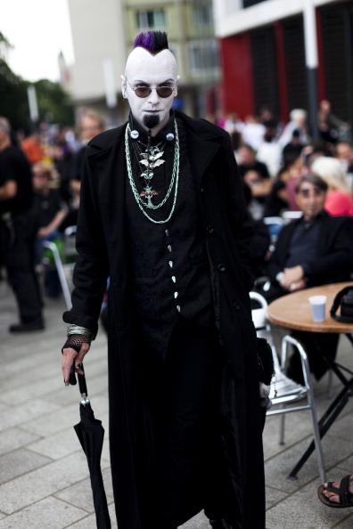 Gothic Style「Goths Gather In Leipzig For Annual Music Fest」:写真・画像(0)[壁紙.com]