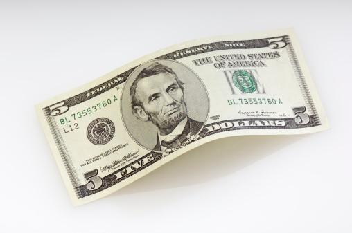Number 5「Bent five dollar bill」:スマホ壁紙(10)