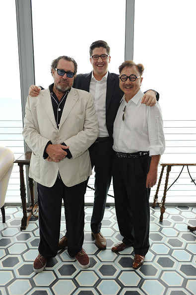 Publication「Design Dialogue Hosted By SURFACE Magazine Featuring Julian Schnabel And Mr. Chow During Art Basel Miami 2014」:写真・画像(6)[壁紙.com]