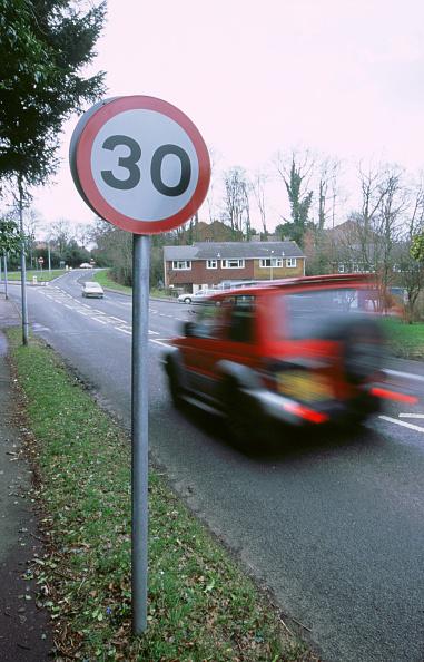 Journey「30 mph speed limit sign」:写真・画像(18)[壁紙.com]