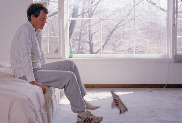 Shoe「David Letterman Kicks Off His Shoes」:写真・画像(16)[壁紙.com]