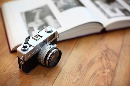 ノスタルジック「カメラ」:スマホ壁紙(7)