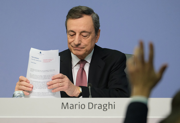 European Central Bank「Mario Draghi Press Conference Following ECB Meeting」:写真・画像(17)[壁紙.com]