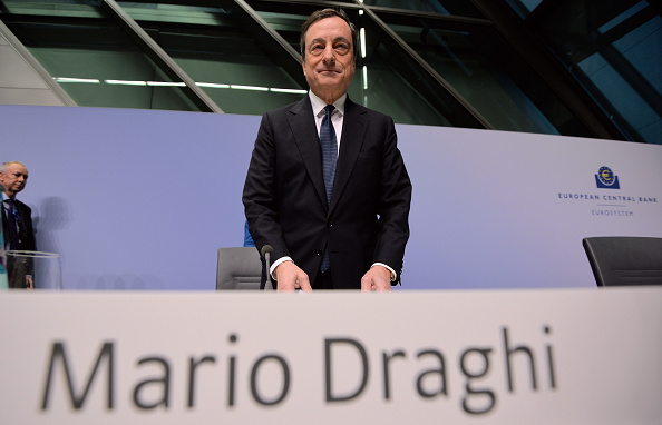 Seat of the European Central Bank「Mario Draghi Holds First Press Conference In New ECB Headquarters」:写真・画像(1)[壁紙.com]