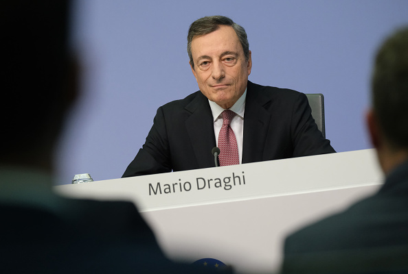European Central Bank「Mario Draghi Press Conference Following ECB Meeting」:写真・画像(18)[壁紙.com]