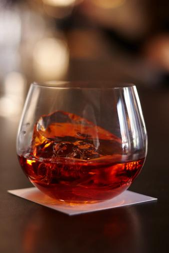 ウィスキー「Bourbon Cocktail」:スマホ壁紙(4)
