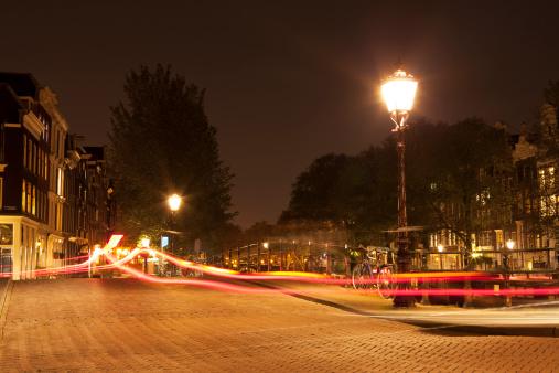 Amsterdam「Street lamp at night with car light trails, Amsterdam」:スマホ壁紙(12)