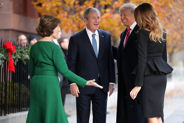 George W「President Trump Visits Former President George W. Bush And Former First Lady Laura As President H.W. Bush Lies In State In Capitol」:写真・画像(14)[壁紙.com]