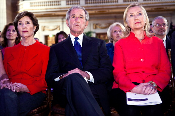 Breast「Hillary Clinton And Former President Bush Introduce Cancer Screening Initiative For Females In Developing Nations」:写真・画像(16)[壁紙.com]