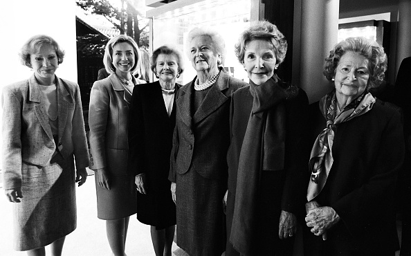 Betty Ford「Six First Ladies At President Bush Library」:写真・画像(0)[壁紙.com]