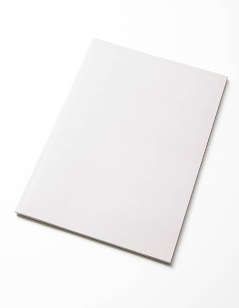 Isolated shot of closed blank magazine on white background:スマホ壁紙(壁紙.com)