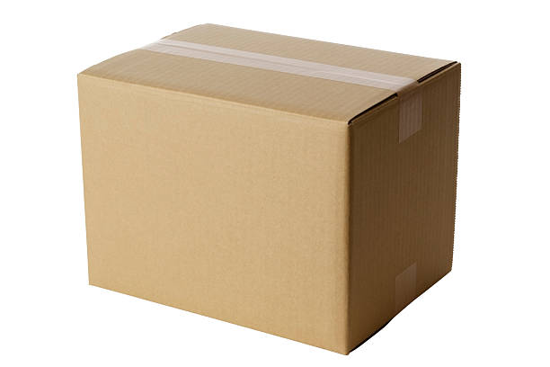 Isolated shot of closed blank cardboard box on white background:スマホ壁紙(壁紙.com)