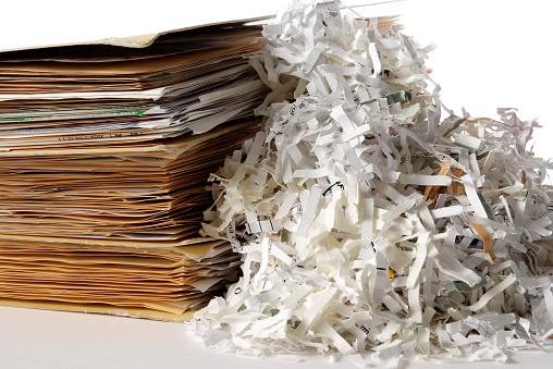 Identity「Isolated shot of shredded documents with folder on white background」:スマホ壁紙(16)