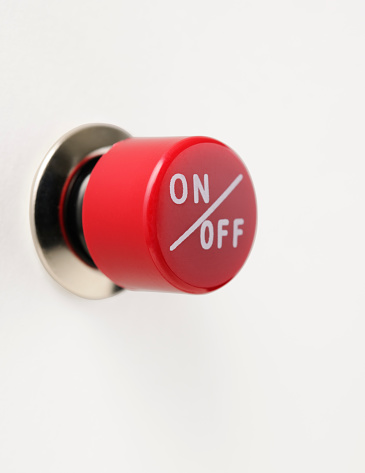 Start Button「Isolated shot of red circle switch on white background」:スマホ壁紙(18)