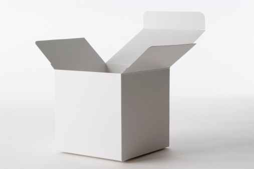 Gift「Isolated shot of opened blank cube box on white background」:スマホ壁紙(15)