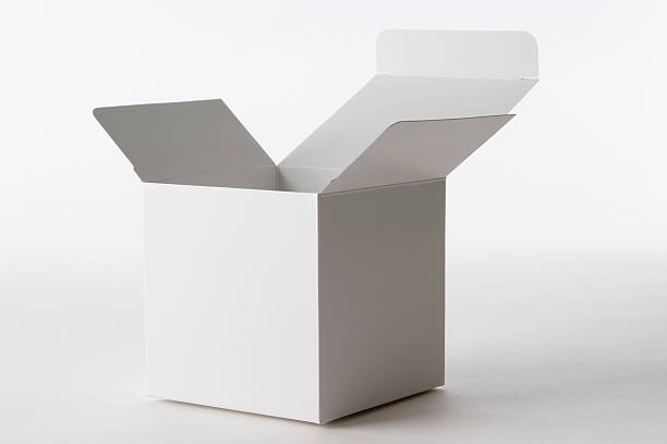 Isolated shot of opened blank cube box on white background:スマホ壁紙(壁紙.com)