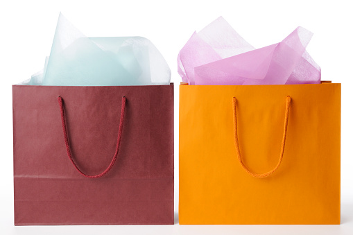 Two Objects「Isolated shot of two shopping bags on white background」:スマホ壁紙(4)