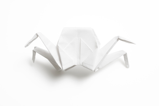 Origami「Isolated shot of blank origami crab on white background」:スマホ壁紙(4)