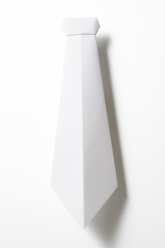 Paper Craft「Isolated shot of blank origami necktie on white background」:スマホ壁紙(11)