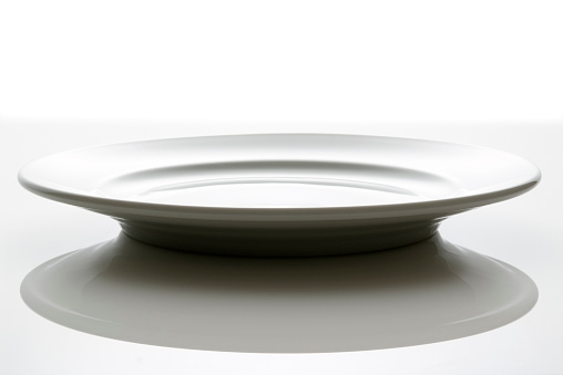 Empty Plate「Isolated shot of empty white plate on white background」:スマホ壁紙(19)