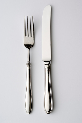 Silver Colored「Isolated shot of knife and fork on white background」:スマホ壁紙(15)