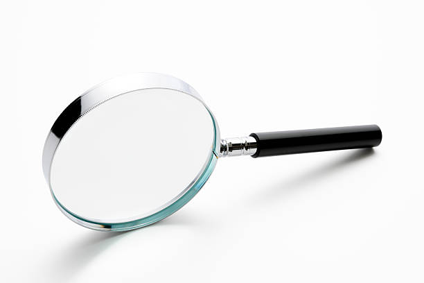 Isolated shot of magnifying glass on white background:スマホ壁紙(壁紙.com)