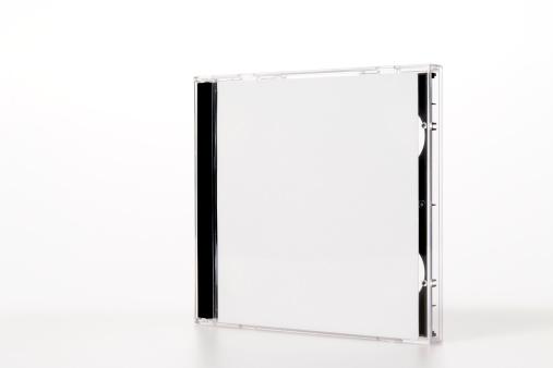 透明「絶縁ショットのプラスチック製の CD /DVD のケースに白背景」:スマホ壁紙(17)