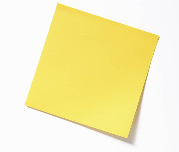 Isolated shot of blank yellow sticky note on white background:スマホ壁紙(壁紙.com)