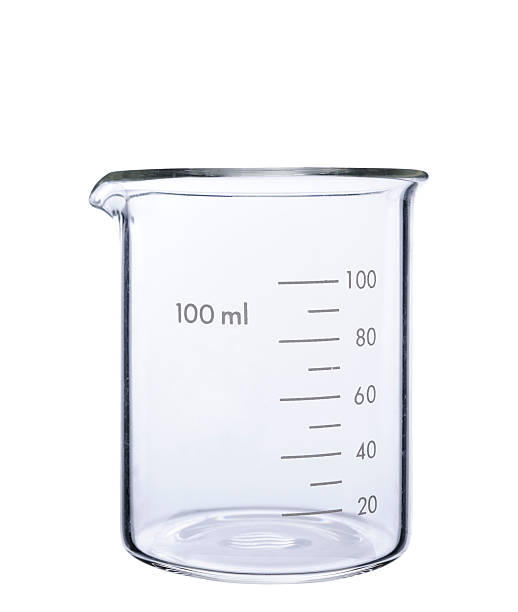 Isolated shot of empty measuring beaker on white background:スマホ壁紙(壁紙.com)