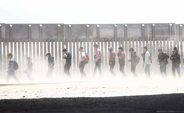 Mexico「Swelling Numbers Of Migrants Overwhelm Southern Border Crossings」:写真・画像(2)[壁紙.com]