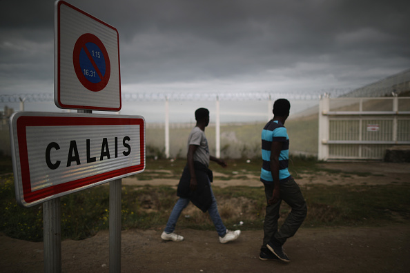 Calais「Calais Jungle Safe Haven For Child Refugees Faces Closure」:写真・画像(15)[壁紙.com]
