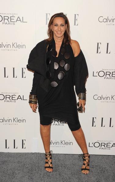 Black Jacket「ELLE's 18th Annual Women in Hollywood Tribute - Arrivals」:写真・画像(17)[壁紙.com]