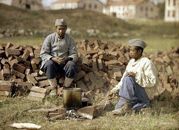 Two People「Colonial troops」:写真・画像(17)[壁紙.com]