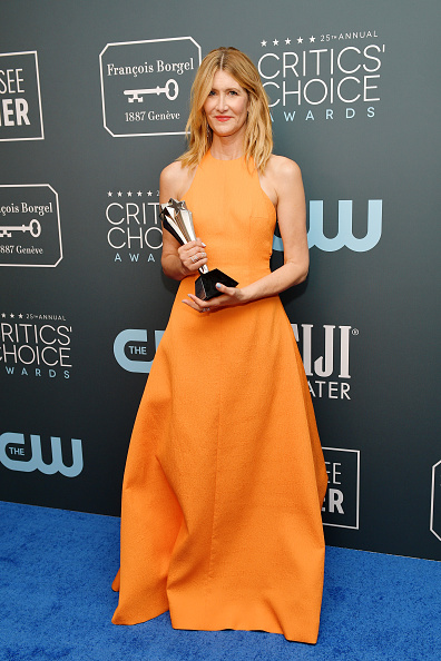 Best supporting actress prize「25th Annual Critics' Choice Awards - Press Room」:写真・画像(6)[壁紙.com]