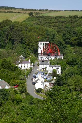 Isle of Man「Laxey waterwheel and village, Isle of Man.」:スマホ壁紙(1)