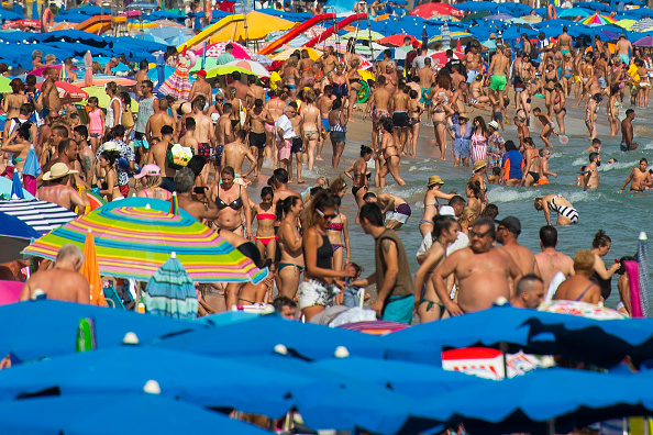 Benidorm「Benidorm Tourism Heats Up, But Industry Continues Tepid Trends With UK Visitors」:写真・画像(3)[壁紙.com]
