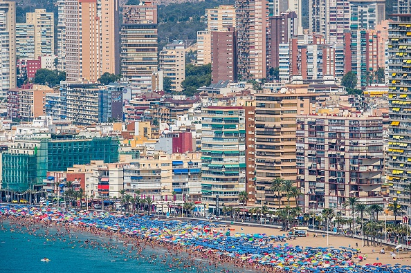 Tourism「Summer Holiday Season Begins And Tourists Flock To The Beaches In Spain」:写真・画像(15)[壁紙.com]
