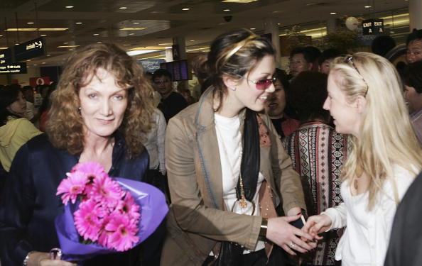 Patrick Riviere「Delta Goodrem Arrives At Sydney Airport」:写真・画像(15)[壁紙.com]