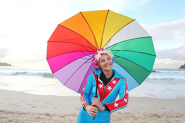 Lisa Maree Williams「Surfers Gather To Raise Awareness Of Mental Health」:写真・画像(18)[壁紙.com]