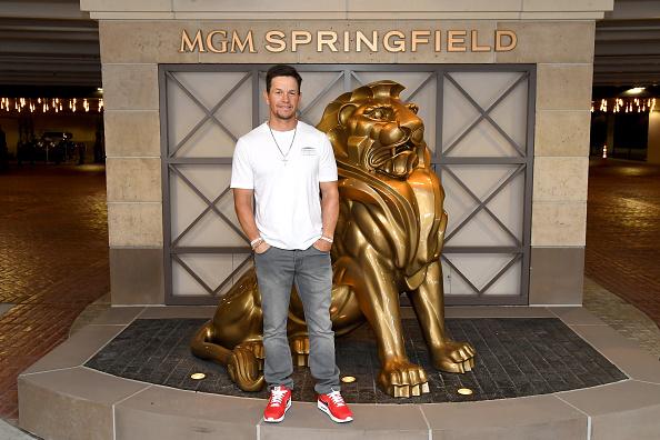 マーク・ウォールバーグ「Mark Wahlberg Announces New Wahlburgers Location Coming To MGM Springfield In Late 2019」:写真・画像(14)[壁紙.com]