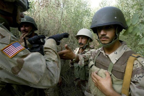 George Groves「Iraqi Troops Help Secure Baquba」:写真・画像(17)[壁紙.com]