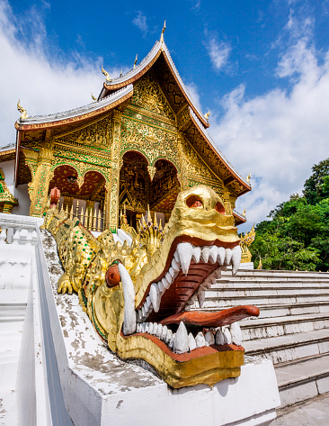Dragon「Naga-flanked stairway Haw Pha Ban」:スマホ壁紙(8)