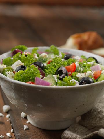 Ketogenic Diet「Kale Greek Salad」:スマホ壁紙(4)