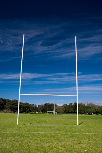 Wooden Post「Rugby posts」:スマホ壁紙(15)