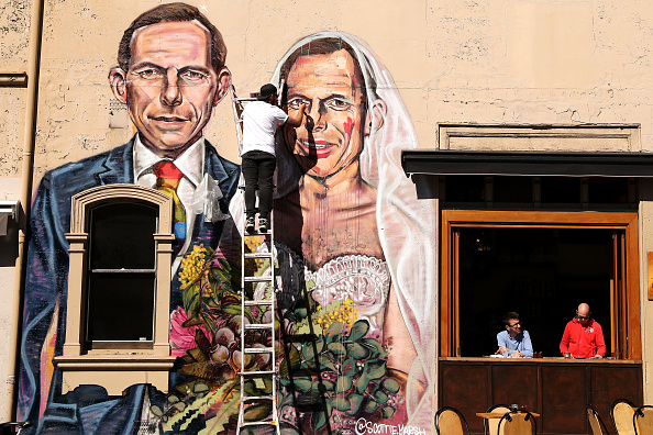 オーストラリア「Mural Of Tony Abbott Marrying Himself Goes Up In Support Of Marriage Equality」:写真・画像(14)[壁紙.com]