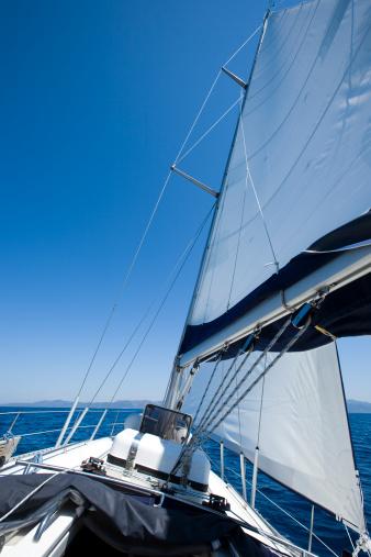 アドリア海「セーリングヨットと」:スマホ壁紙(11)